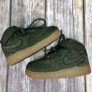 Nike Air Force 1 High Top. 8c (Toddler)